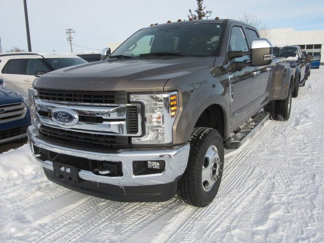 2018 Ford Super Duty F-350 DRW XLT Premium