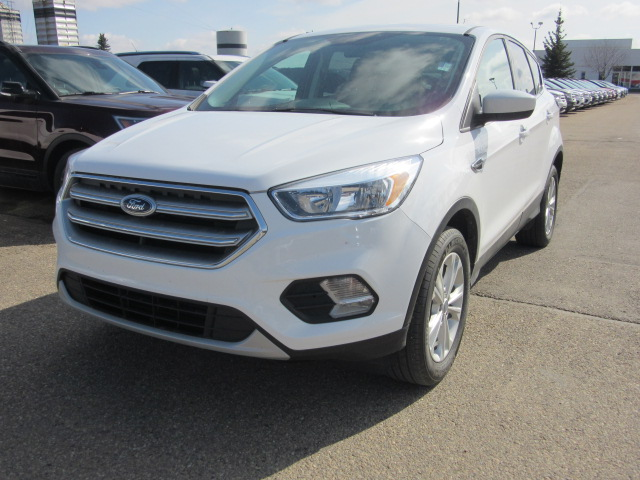 2017 Ford Escape SE AWD (P6539A) Main Image