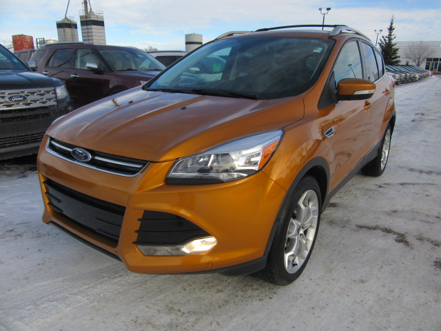 2016 Ford Escape Titanium 4x4 (FR403A) Main Image