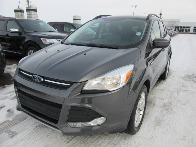 2015 Ford Escape SE 4x4 (P6558A) Main Image