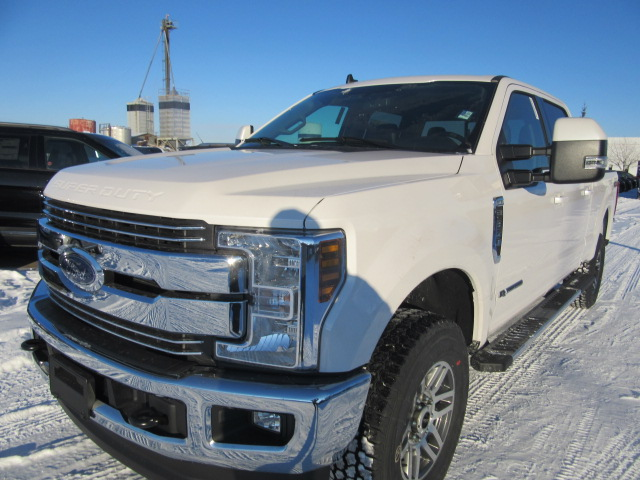 2019 Ford Super Duty F-350 SRW Lariat 4x4 (FTS184) Main Image