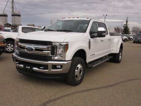2019 Ford Super Duty F-350 DRW XLT  Premium 4x4