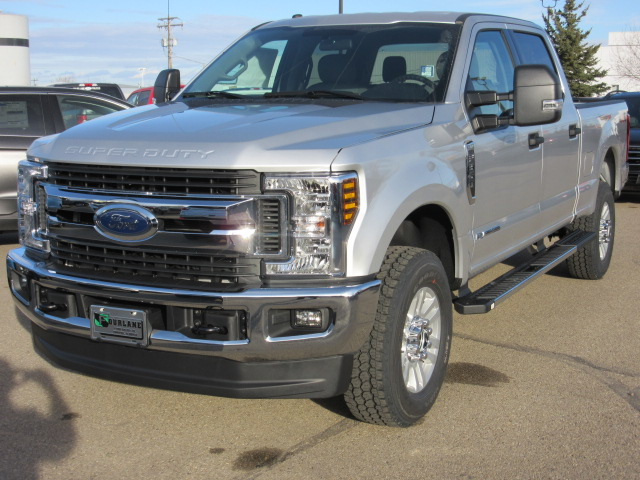 2019 Ford Super Duty F-350 SRW XLT Value 4x4 (FTS456) Main Image